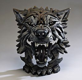 Wolf Bust - Timber